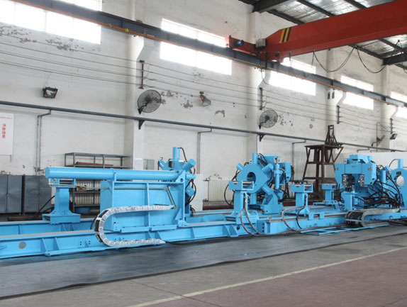 Hydraulic motor disassembly equipment